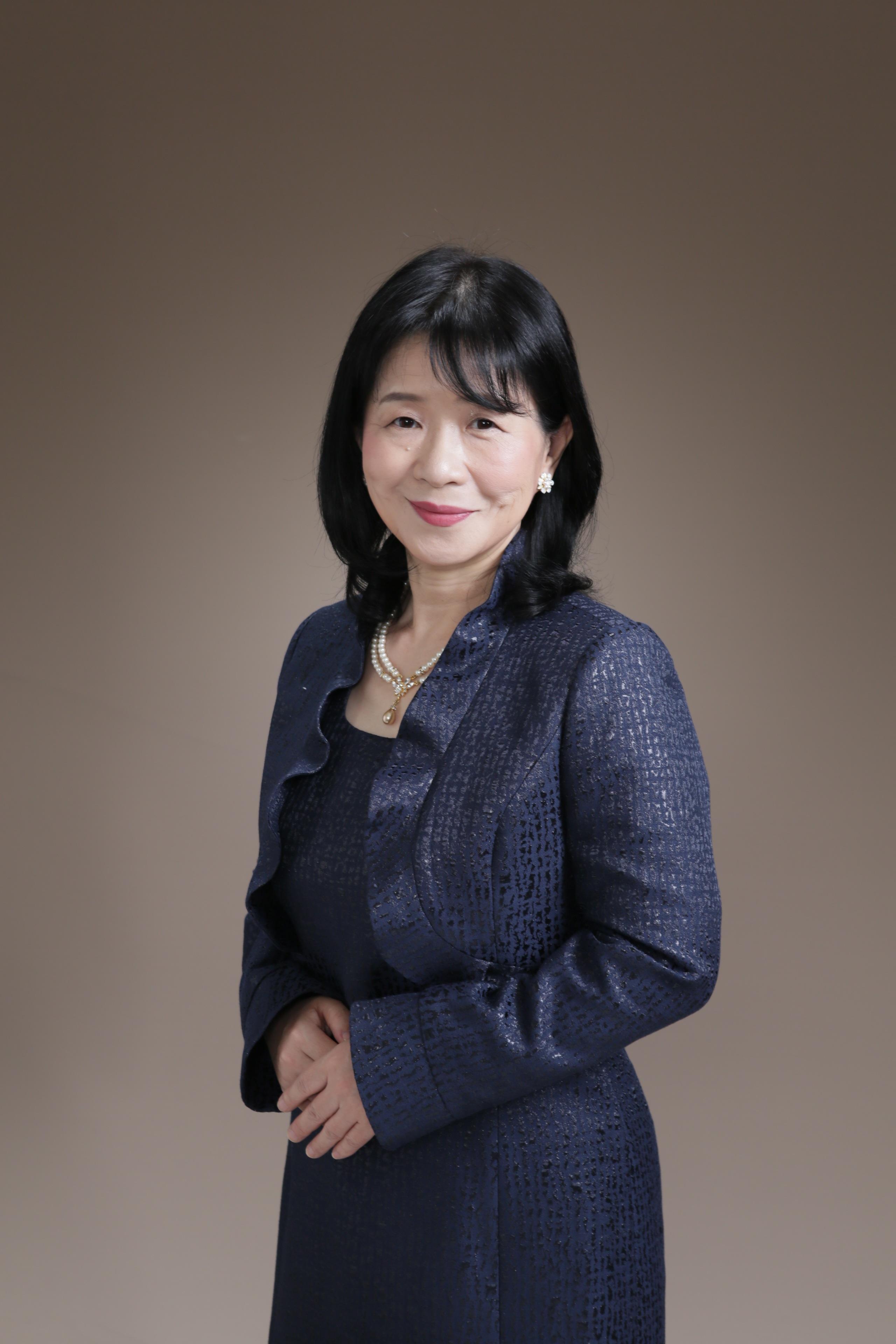 Keiko Takashima髙嶋圭子